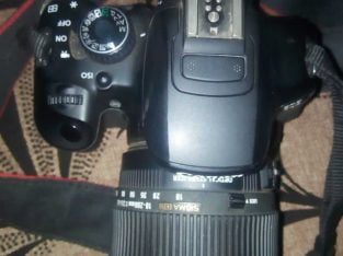 video cameraCanon 650D with 18-200mm 2batteries,64gb memory and charger